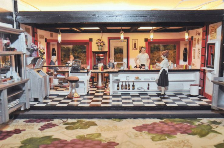 20th annual HBS Miniatures Creatin' Contest Honorable Mention - Evelyn Allen Oasis Diner