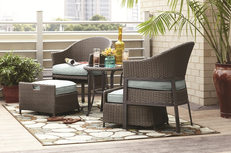 A 5 Piece Patio Conversation Set Made Of Wicker With