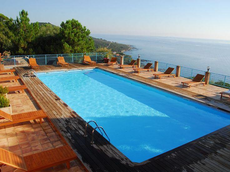 Location vacances appartement Ste Lucie de Porto Vecchio: piscine chauffée  400€/semaine