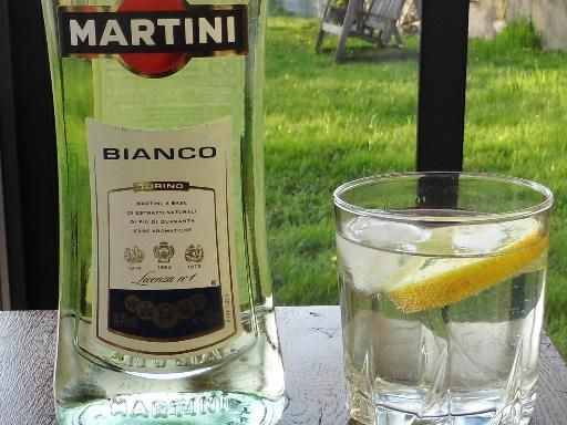 Recette de Bébé des neiges, cocktail Martini blanc