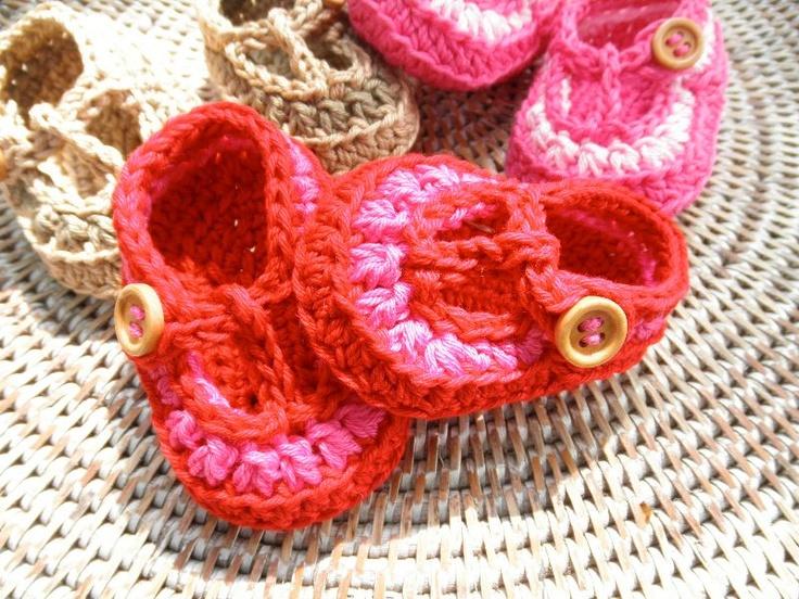 UE. Haakpatroon sandaaltjes met T-band 2! Pattern for sale