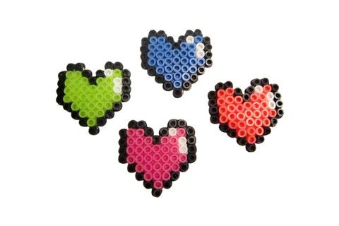 8-bit Love Hairclip – Dirty Lola's