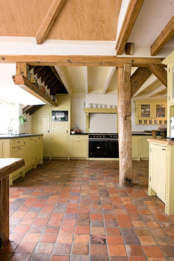 25 beste idee n over keuken idee n rood op pinterest for Terracotta kitchen ideas