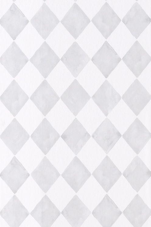 Rullassa 10,5 m. Leveys 53 cm. Kuviokohdistus 13 cm.<br>Non-woven-materiaalia.<br>Valmistettu Ruotsissa.<br><br>Yhdistä Smila-tapettiin, jos haluat neutraaleja seiniä kontrastiksi kuviotapetille.<br><br>Non-woven-tapetin kiinnittäminen on helppoa. Levitä liima suoraan seinään ja kiinnitä tapetti siihen. Käytä non-woven- tapetille sopivaa kuituliimaa/-liisteriä, jonka voit tilata Ellokselta.