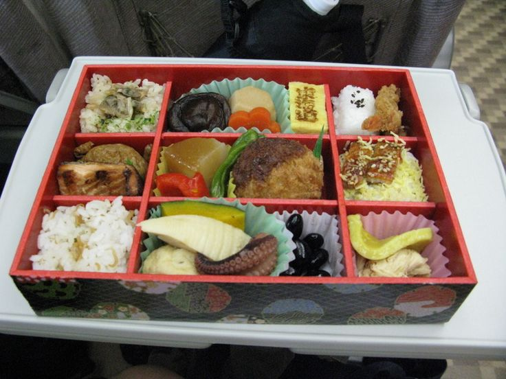 bento boxJapanese Food, Bento Boxes, Artsy Food, Bento Jpg 800 600, Big Nice, Training Depot, A, Nice Bento Jpg, Snacks Boxes