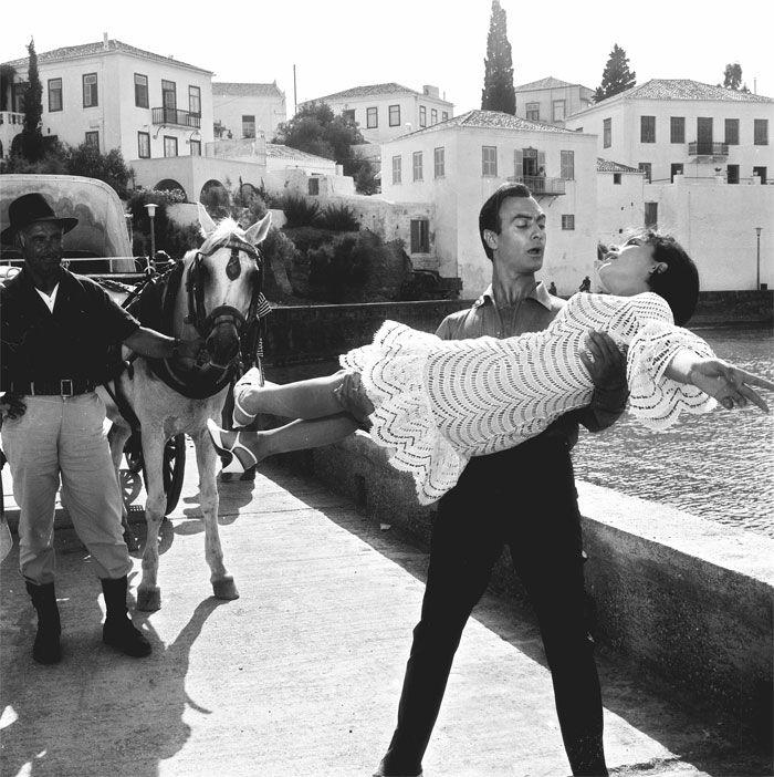 «Εφυγε» απο τη ζωή ο εμβληματικός ζεν πρεμιέ του Ελληνικού κινηματογράφου…