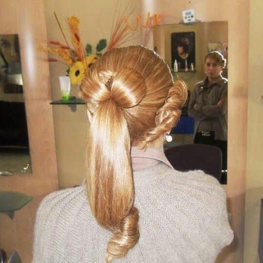 #Extension #sfumato #nicolacapelli #capellilunghi #Extension #colore #ramato #biondoramato #riflessi #capelli #raccolto