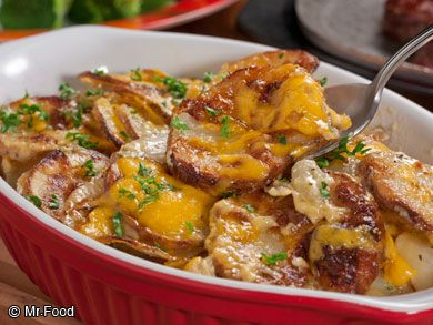 Easy Au Gratin Potatoes - This cheesy, from-scratch, potatoes Au Gratin recipe is going to become one of your new favorite potato side dishes.