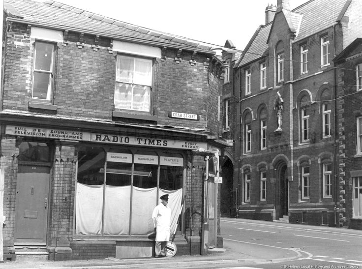 1983. (Tray - Found in St.Helens archives - Notre Dame Convent / school ) Black and white photograph showing the corner of North Road and Crab Street, St.Helens . Notre Dame Convent can be seen on the right. (Tray - was a large and rambling building with courtyard ) Date  1983  MCL/3/93 Clare Collection