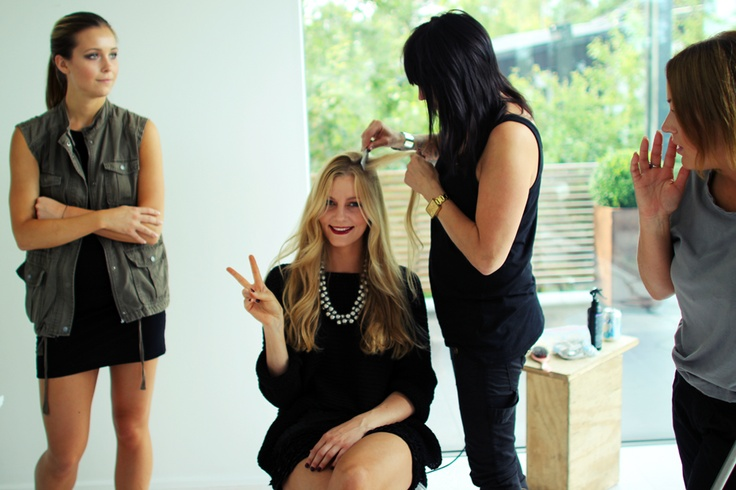 Before photo-shoot, getting hair ready! Yves Rocher - AutumnLooks 2012