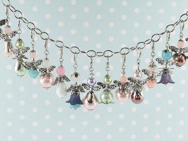 DIY - Set zum #Perlenengel #Schutzengel basteln in bunten Farben  als #Gastgeschenk für #Hochzeit #Konfirmation #Kommunion #Geburtstag oder #Taufe.  #vintageparts #vintageparts.eu #diy #schmuck #engel #süß