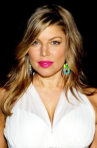 Fergie rocking the pinkHair Colors, Beautiful Inspiration, Nude Lips, Bright Pink, Hair Makeup, Hot Pink Lips, Makeup Hair, Fergie Hair, Lips Photos