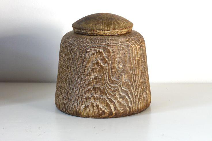 #258- Oakbox. limed&oiled -ca ∅ 17cm,H18cm