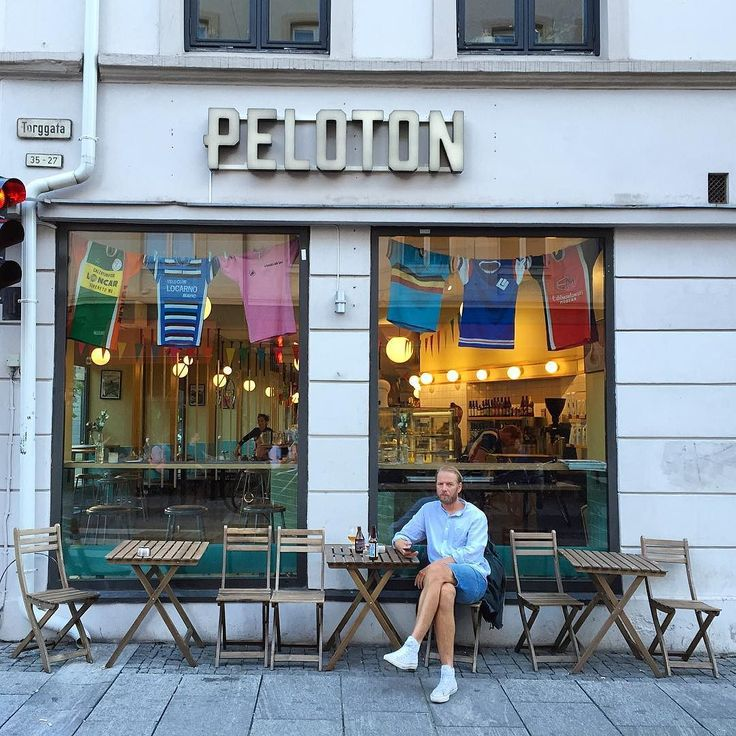 Happy tuesday #latergram #oslo #norway #coffee #coffeeshop #coffeebreak #peloton #bar #travel #cuteshop #explore #love by sweetshoes