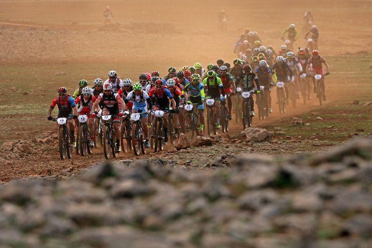Gran inicio de los bikers jiennenses en la Gaes Titan Deser de Marruecos