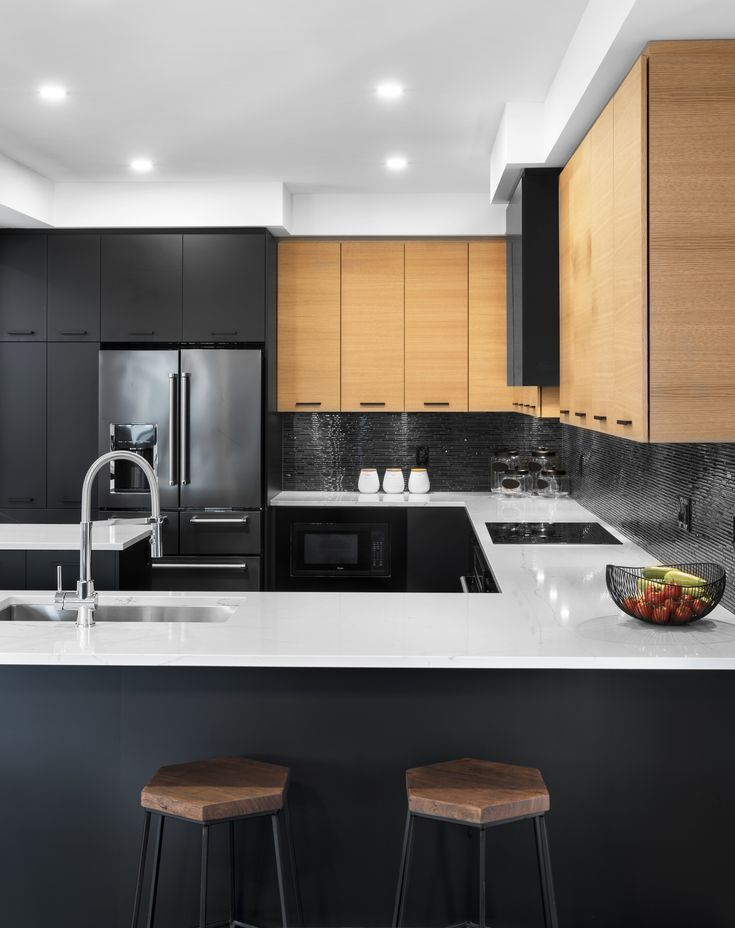 This is the kitchen of the Sutton model home located in our Poole Creek community in Kanata/Stittsville.