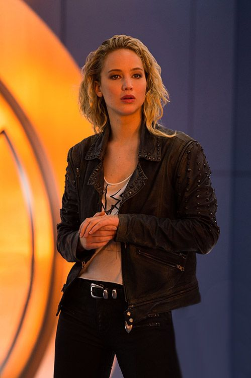 New still of Jennifer Lawrence in X-Men: Apocalypse