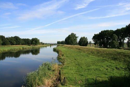 Waalwijk - Spoorbrug: Drongelens Kanaal