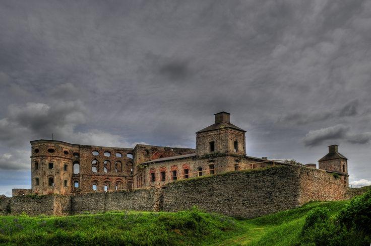 https://flic.kr/p/6qDfUY | Krzyztopor Castle, Ujazd, Poland | Ruiny zamku Krzyżtopór w miejscowości Ujazd.