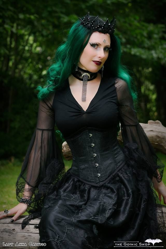 Model: Lady Anna Calypso Clothes: Dark in love; Gothlolibeauty Wig: Black Candy Fashion Choker: Neath the Veil Gothic Victorian Chokers Welcome to Gothic and Amazing