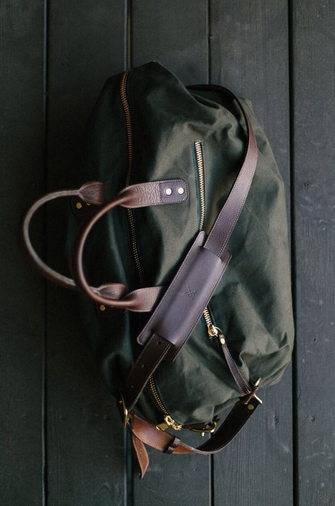 Green Canvas × Leather Duffel by http://www.ernestalexander.com/bags/overnight/bedford-canvas-overnight-bag?product=1011
