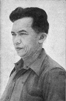 Tan Malaka atau Ibrahim gelar Datuk Tan Malaka (lahir di Nagari Pandam Gadang, Suliki, Sumatera Barat, 2 Juni 1897 – meninggal di Desa Selopanggung, Kediri, Jawa Timur, 21 Februari 1949 pada umur 51 tahun) adalah seorang aktivis kemerdekaan Indonesia, filsuf kiri, pemimpin Partai Komunis Indonesia, pendiri Partai Murba, dan Pahlawan Nasional Indonesia. http://id.wikipedia.org/wiki/Tan_Malaka