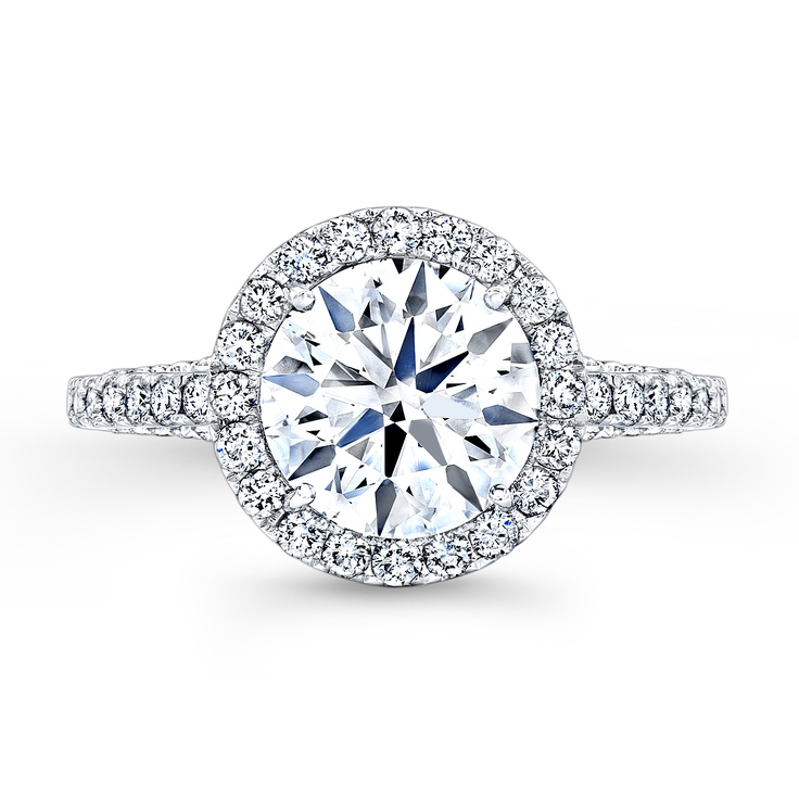 .@REEDS Jewelers exclusively presents the Forevermark Diamond collection in Charlotte #QueenCity #CLT  Northlake Mall (Store #108)  6801 Northlake Mall Dr  Suite 155  Charlotte, NC 28216