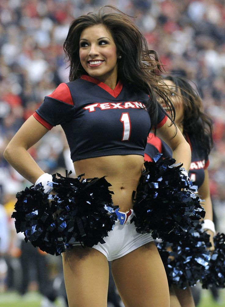 51 Best Cheerleaders Images On Pinterest  Games Football -3658