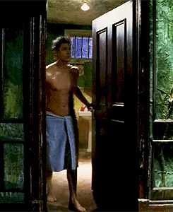 Alec McDowell, Dark Angel; looking good Jensen! [gif] towel only after a shower....... *drool*