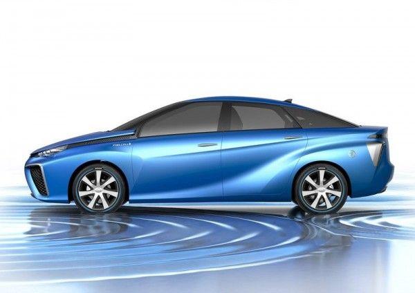 2013 Toyota FCV Wallpapers 600x424 2013 Toyota FCV Reviews