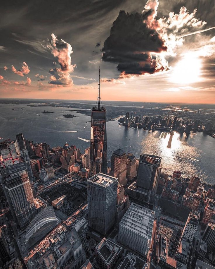 World Trade Center by @pictures_of_newyork | newyork newyorkcity newyorkcityfeelings nyc brooklyn queens the bronx staten island manhattan