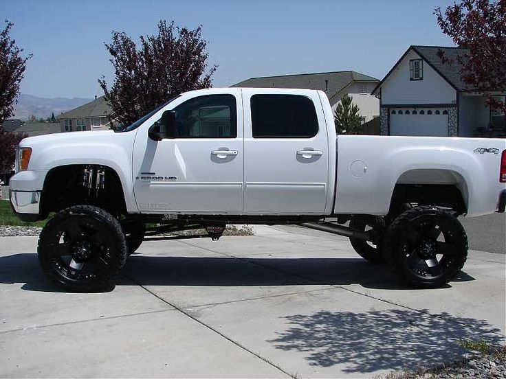 51 best images about Duramax on Pinterest  Black diesel Chevy