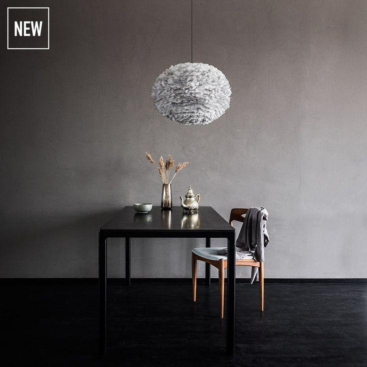 Vita Eos fjäderlampa L Grå - finns nu på Sleepo.se!