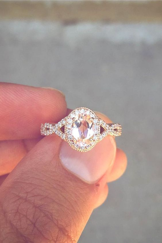 25 Gorgeous Engagement Rings To Get You Inspired: a vintage-inspired oval engagement ring of rose gold with a colored diamond looks wow #engagementring; #diamondring