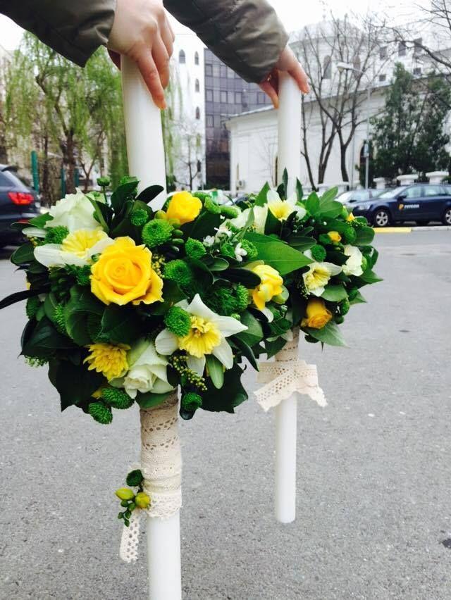#wedding #candles #white #yellow #roses #lace #santini #fresia #narcissus #lumanare #nunta #galben #alb #flori #sezon