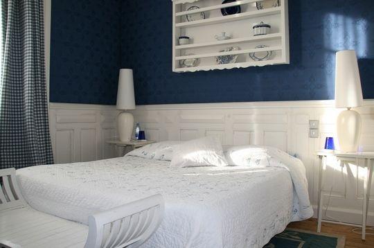 25 best ideas about la chambre bleue on pinterest for Amalric la chambre bleue