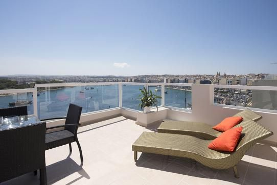 Lounge by the Med! Tigne 3-bedroom Penthouse Terrace