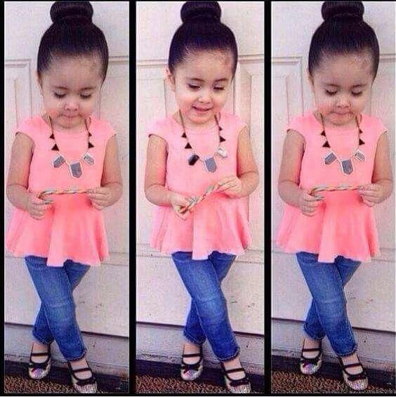 #cute rose pink top_blue jeans_shoes_elegant neckpiece_bun