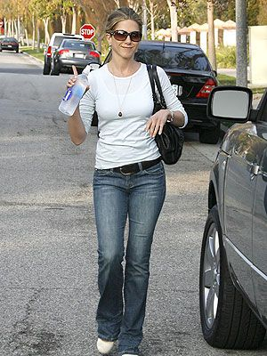 You Asked, We Found: Jennifer Aniston's Jeans – Style News - StyleWatch - People.com