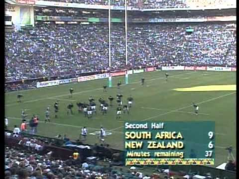 Rugby World Cup 1995  New Zealand vs South Africa - This Day in History: Jun 24, 1995: Mandela cheers on South African rugby team - http://dingeengoete.blogspot.com/2013/06/this-day-in-history-jun-24-1995-mandela.html