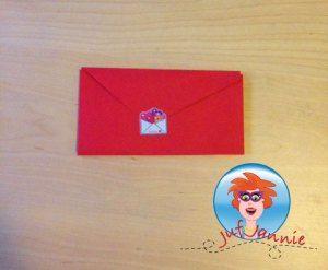 Envelop vouwen van een hartje. Leuk voor Moederdag of Valentijnsdag. Knutselen met kinderen.