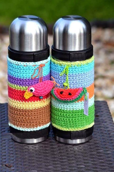 tejidos artesanales en crochet: fundas tejidas para termos