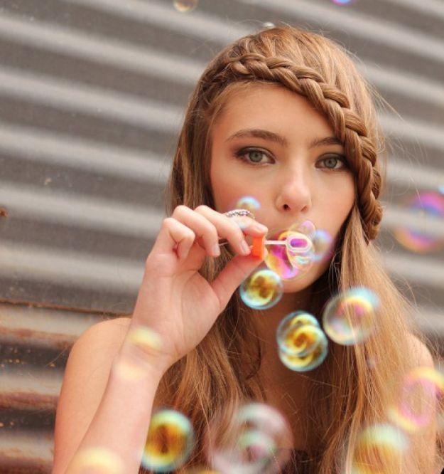Прическа в школу - челка на основе французской косы ::: onelady.ru ::: #hair #hairs #hairstyle #hairstyles