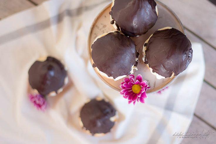 dipi..t..seren( ity ): Biskuit Muffin Schokoküsse