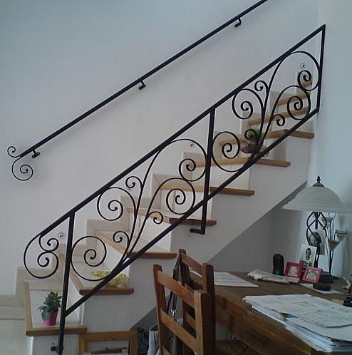Résultats Google Recherche d'images correspondant à http://img.over-blog.com/494x500/1/74/84/45/3-rampe/rampe-escalier-fer-forge--1-.jpg