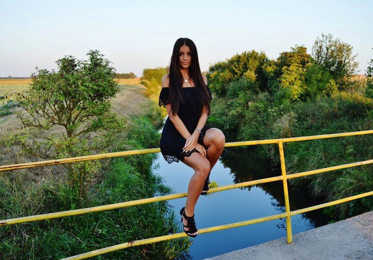 V E J R A : Black dress - boho style