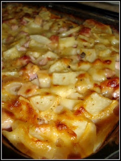 Scalloped Potatoes with Ham & Cheese. Not enough seasoning in my opinion.