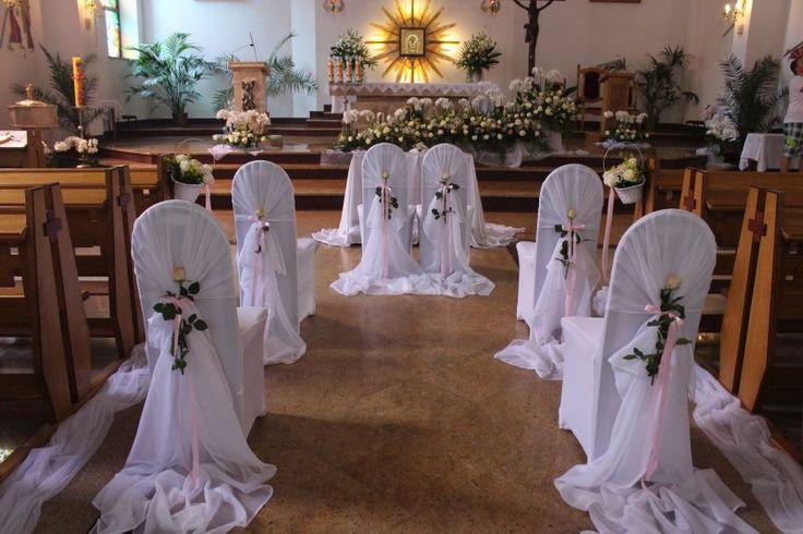 Przystrojenie kościoła do ślubu