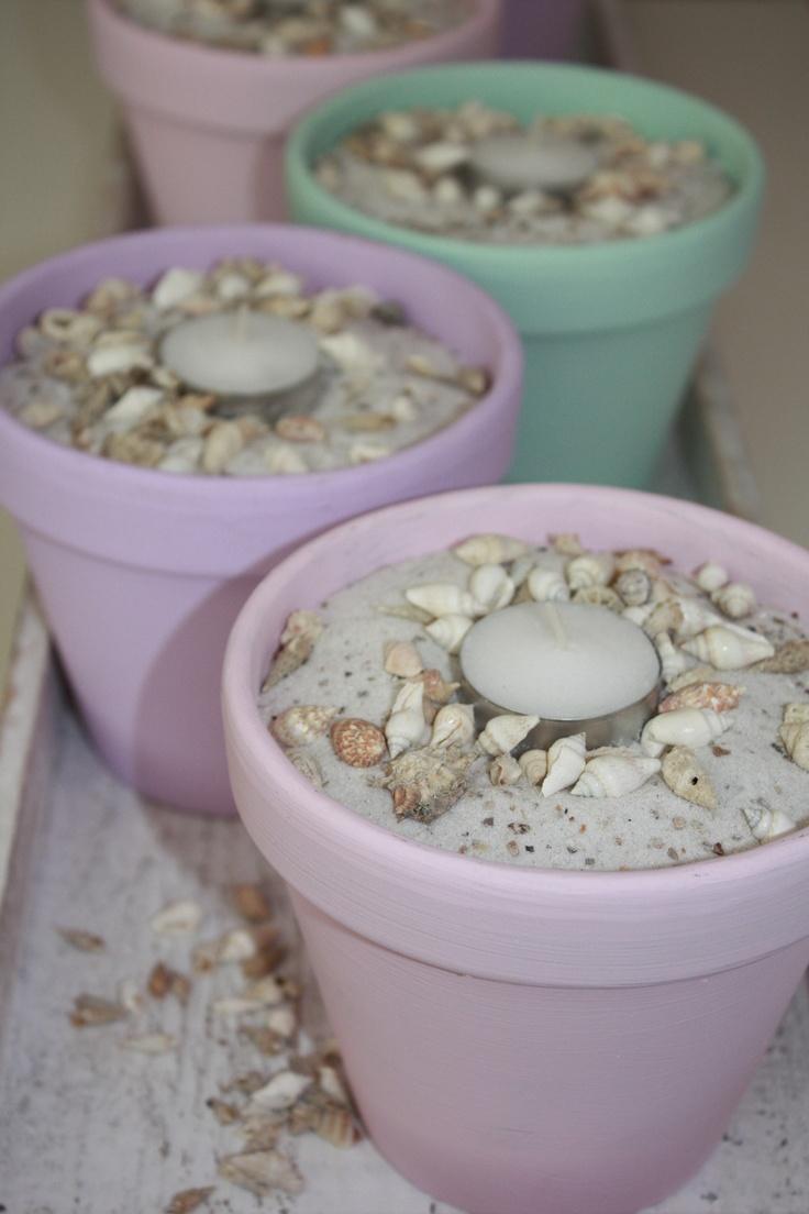 Potjes met schelpjes en waxinelichtje! Div kleuren 6 euro per potje twee potjes 10 euro www.witenfrizz.nl