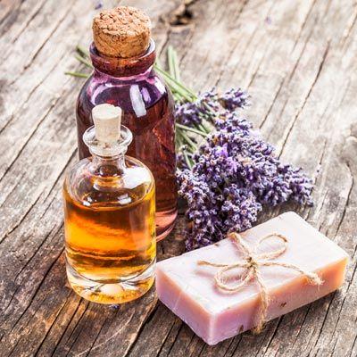 Seife herstellen - Seifen-Rezept: Peelingseife selbst machen